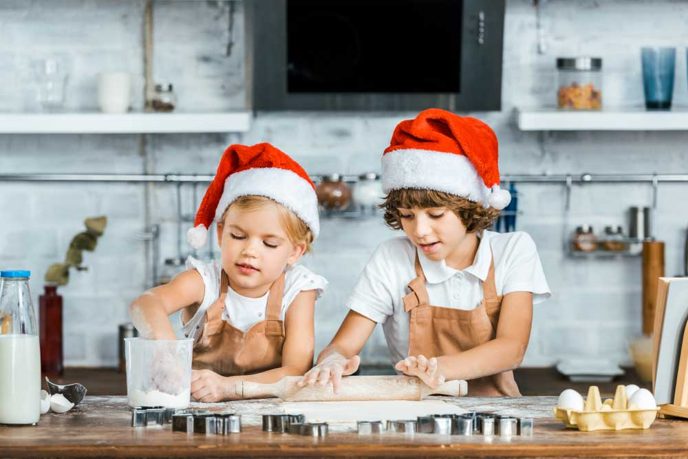 10 συμβουλές για μαγειρική με παιδιά στις γιορτές!