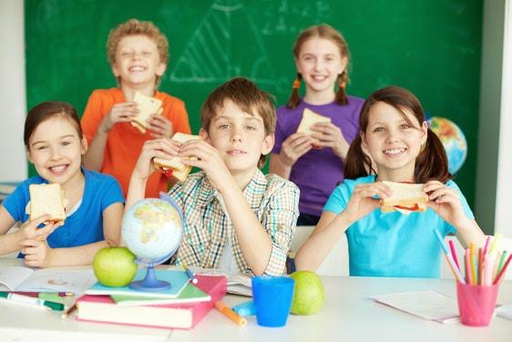 Σχολικό δεκατιανό: Ένα σωτήριο γεύμα για την υγεία των παιδιών σας.
