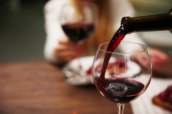 Κρασί: Το μυστικό βρίσκεται στη θερμοκρασία. Οδηγός για τις θερμοκρασίες σερβιρίσματος του κρασιού