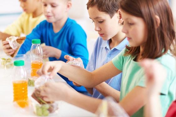Σπιτικά σνακ για το σχολείο: γευστικές & υγιεινές συνταγές για τους μικρούς μας φίλους!