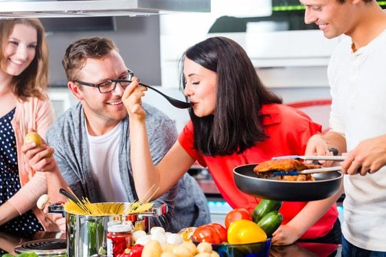 Μαγειρέψτε εύκολα & γρήγορα: Τα βασικά εργαλεία & σκεύη για κάθε κουζίνα!